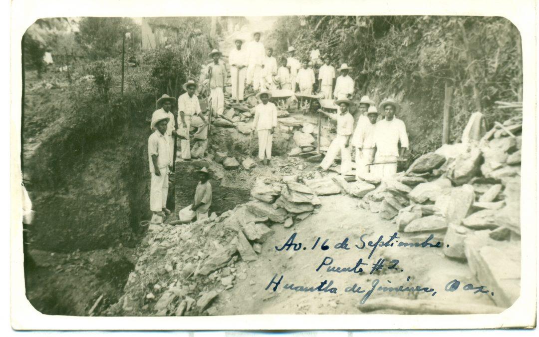 Av. 16 de septiembre, Puente #2,  Huautla de Jiménez, 22 de octubre de 1941