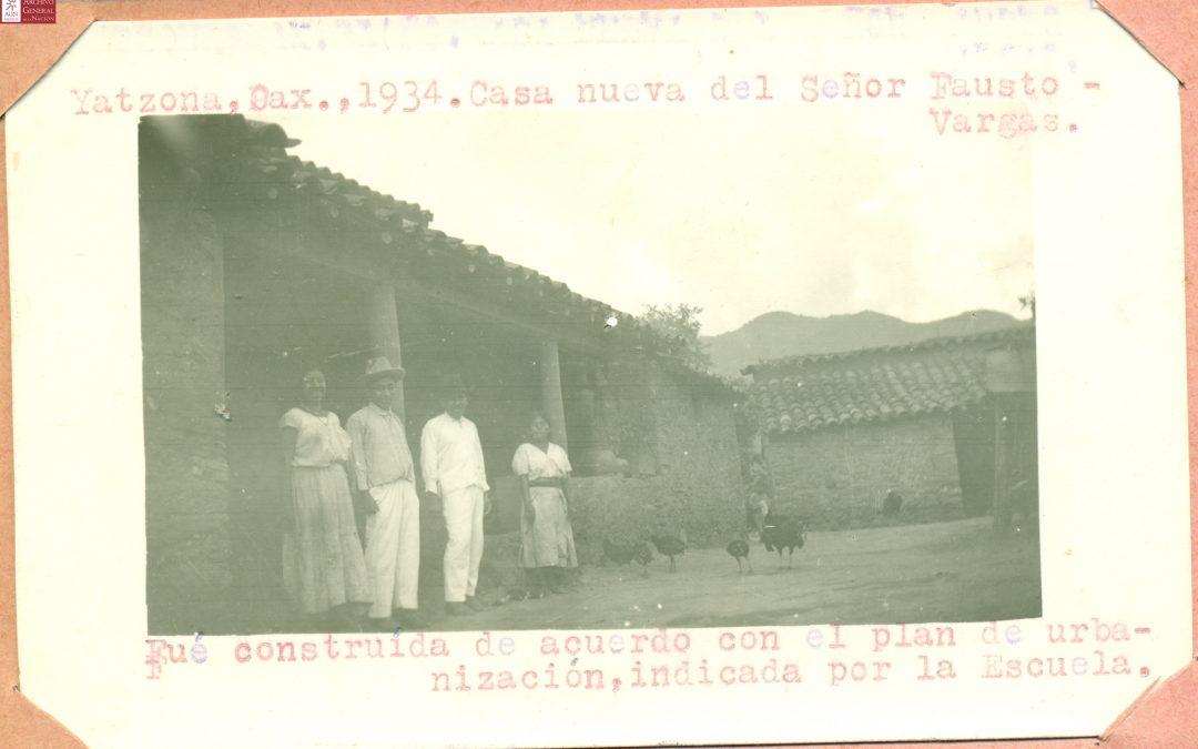 Casa nueva del señor Fausto Vargas. Fue construida de acuerdo con el plan de urbanización, indicada por la escuela. 1934.